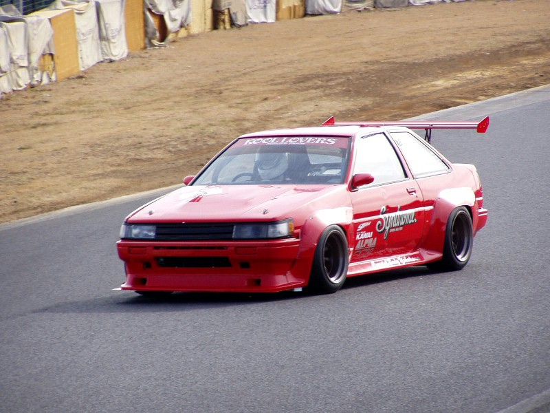 Your favourite N2 AE86 Pictures [Archive] - AE86 Driving